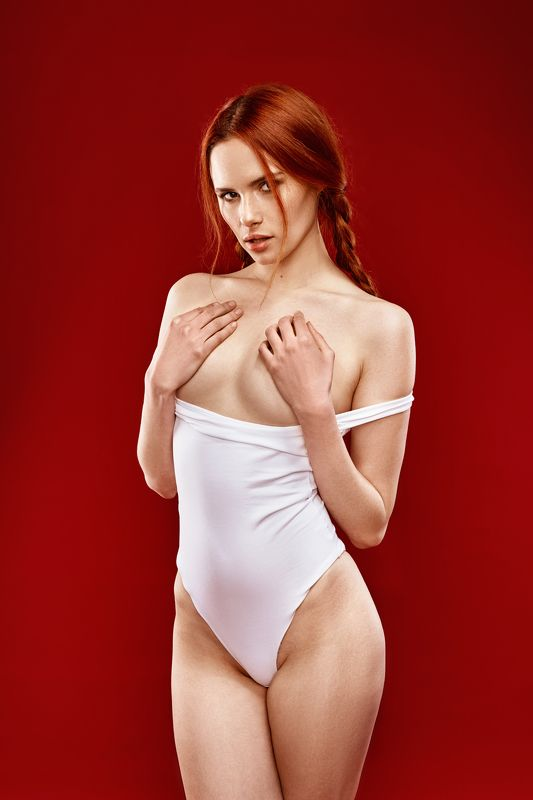 girl, studio, face, body, red, redhead, white, nu, nude Ангелинаphoto preview