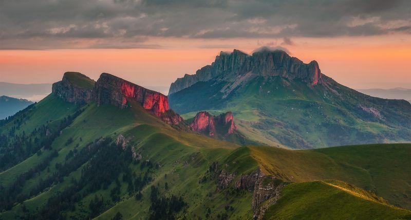 западный кавказ, большой малый тхач, рассвет , лето Тхачиphoto preview