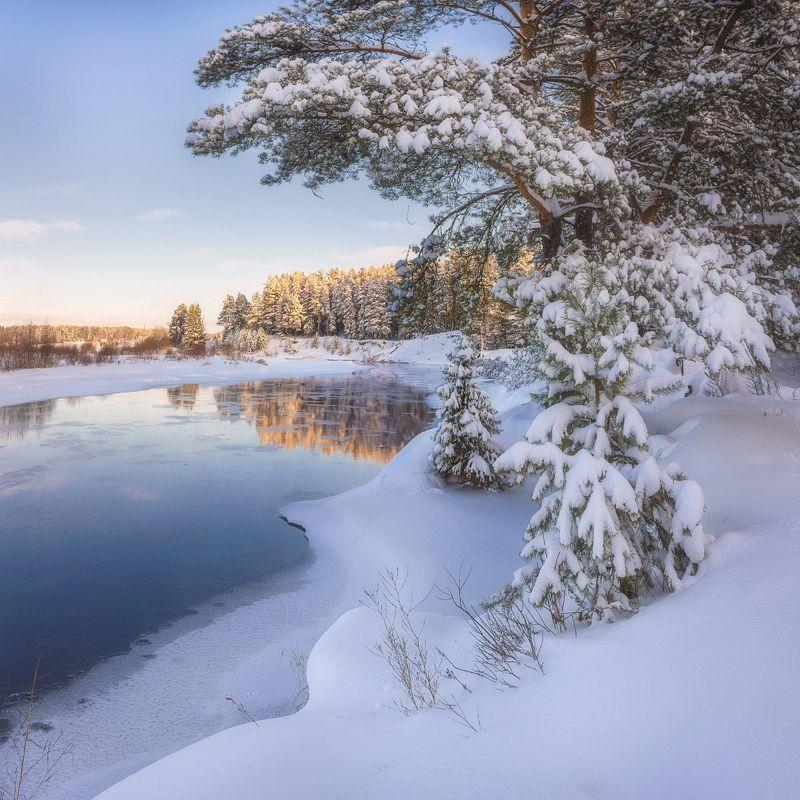 На берегу после снегопадаphoto preview