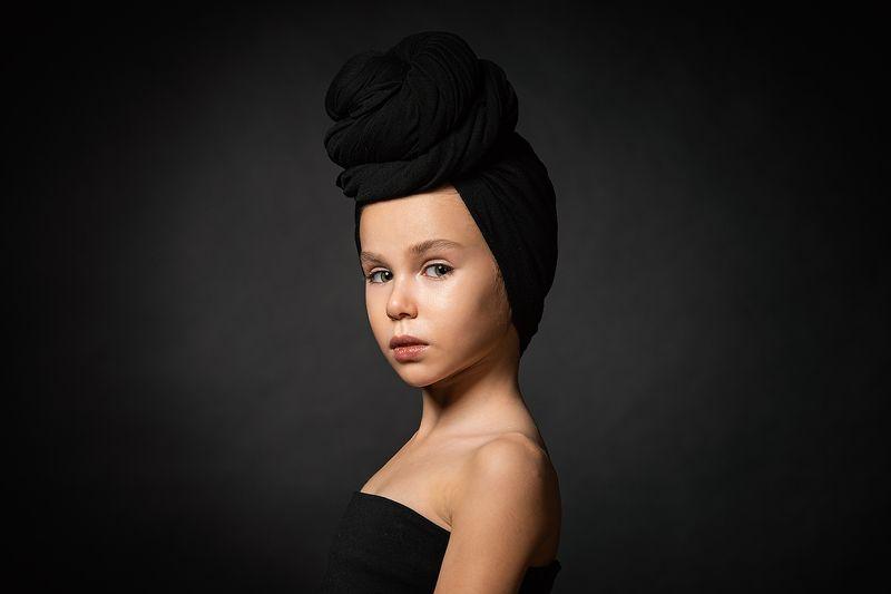 девушка, портрет, милая, cute, girl, portrait, тюрбан, чалма Polinaphoto preview