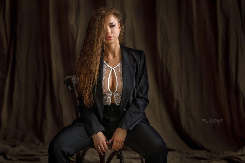 портрет девушка взгляд portrait белье красиво Марияphoto preview