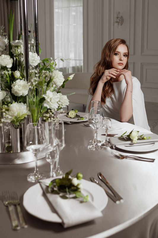 портрет, девушка, интерьер, свет, portrait, interior, fashion Whitephoto preview