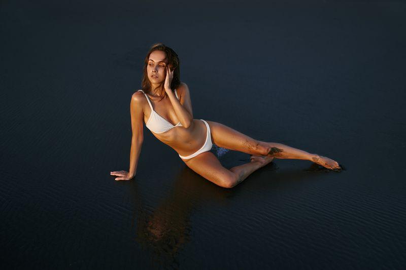 bali, black, horizontal, sand, volcanic, bikini, body, girl Аняphoto preview