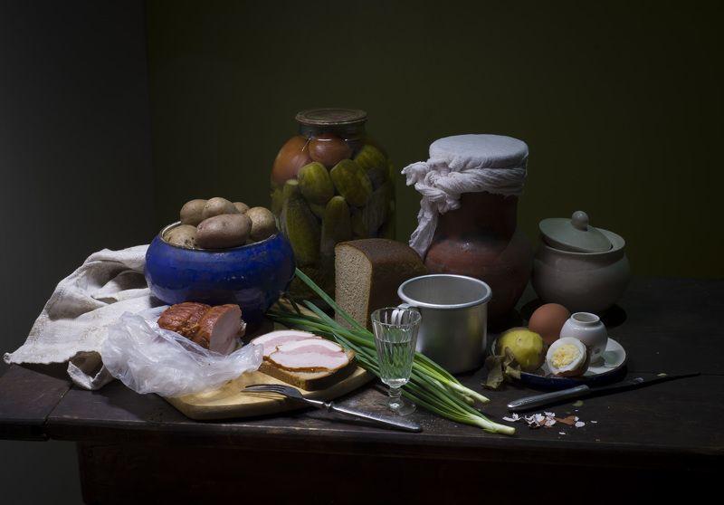 картошка, натюрморт, стопка, грудинка, яйцо, хлеб, лук, соль Натюрморт по-деревенски.photo preview