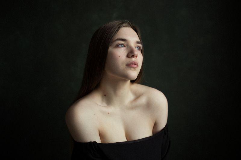 портрет. девушка. фон. фотография. Надеждаphoto preview