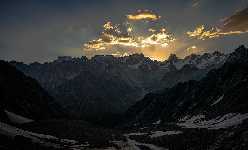 Закат над Джайлыком.photo preview