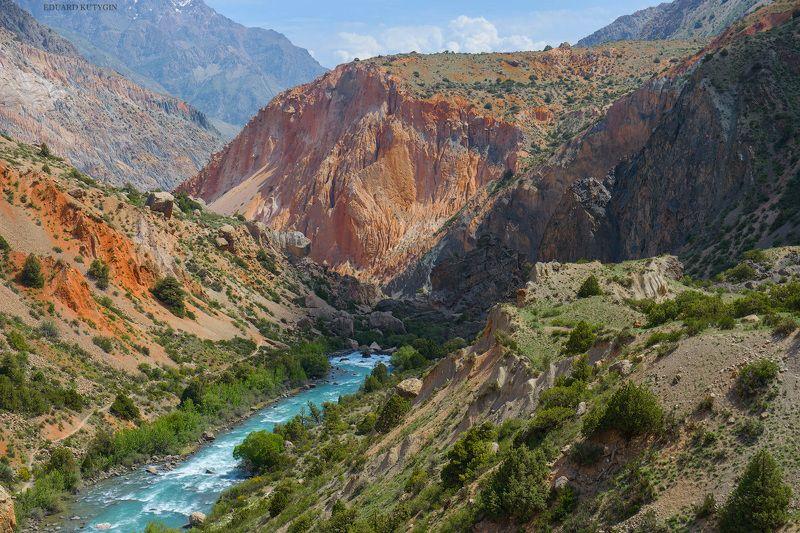 Таджикистан, Фанские, Искандеркуль, Искандердарья ...photo preview