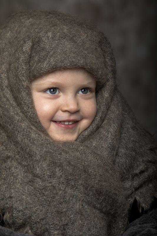 девочка, ребенок, портрет, студия Улыбакаphoto preview