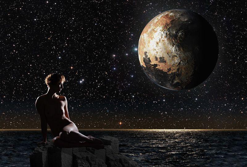 Девушка, Ню, Плутон, море, звезды, скала Плутон над Тихим океаномphoto preview