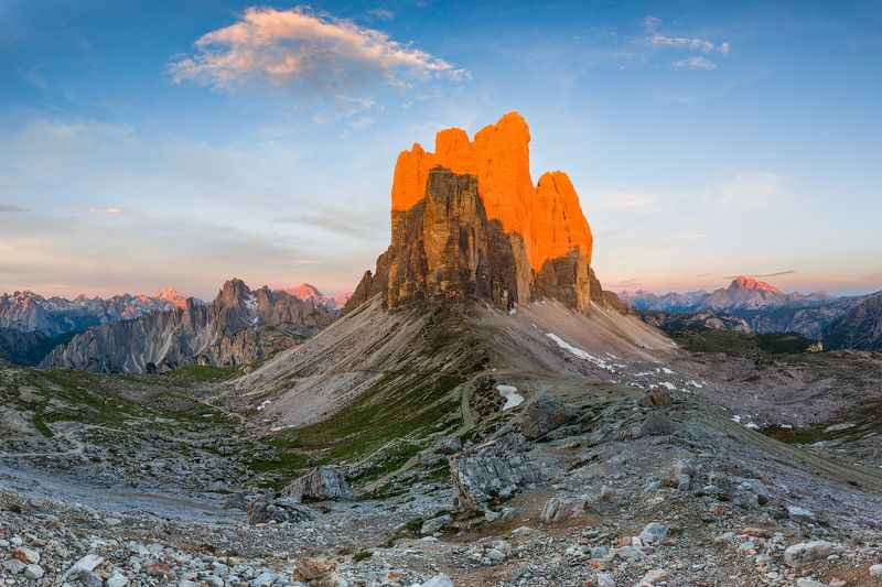 италия, доломиты, горы, облака, восход, landscape, italy, dolomites, golden hour, golden light, sunrise Tre Cime di Lavaredo.photo preview