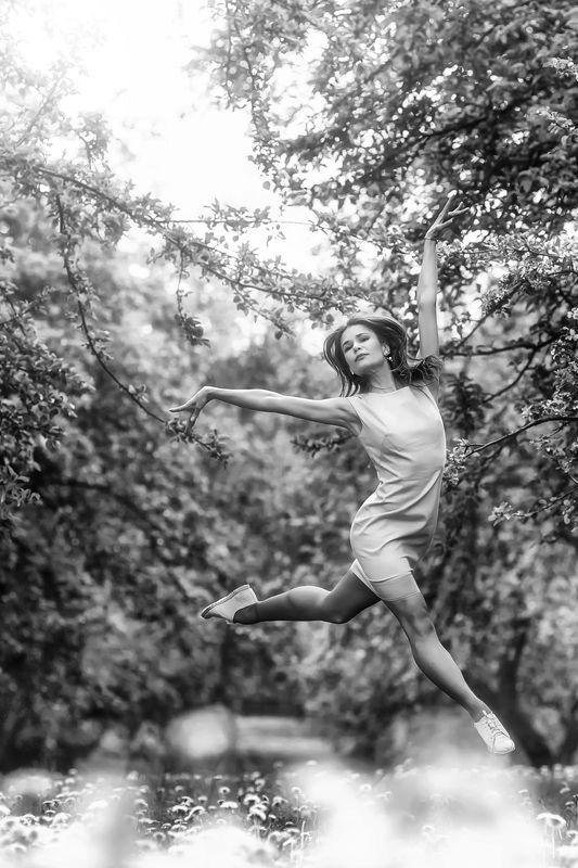 сад, балерина,взлетай, душа моя, как птица,ирина горюкина,беларусь Взлетай!photo preview