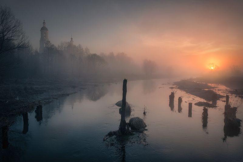река, шерна, утро, туман, рассвет, вода, монастырь, солнце Перед паводкомphoto preview