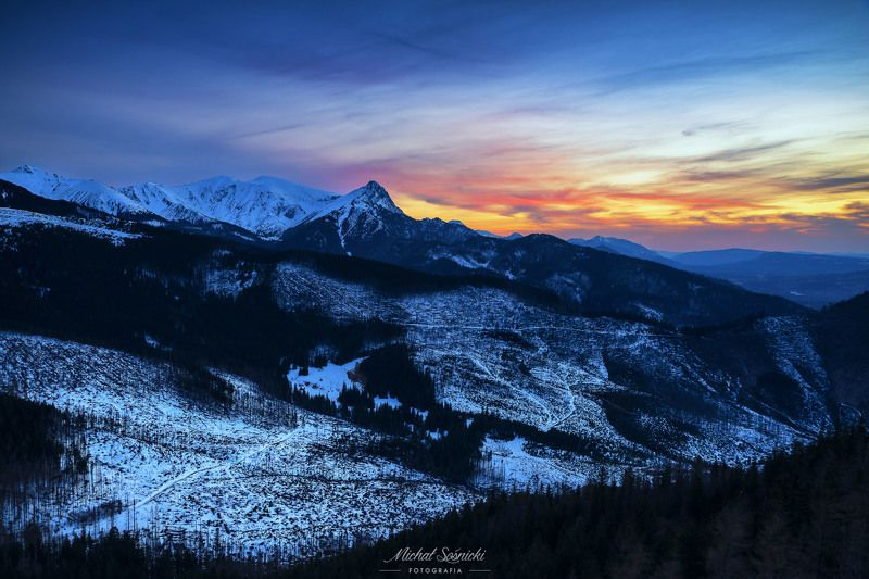 #sky #clouds #colors #sunrise #mountains #poland Sunset...photo preview