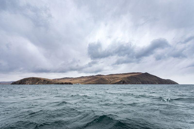 озеро, байкал, пролив, ольхонские ворота, малое, море, шторм, осень, остров, ольхон Пролив Ольхонские воротаphoto preview