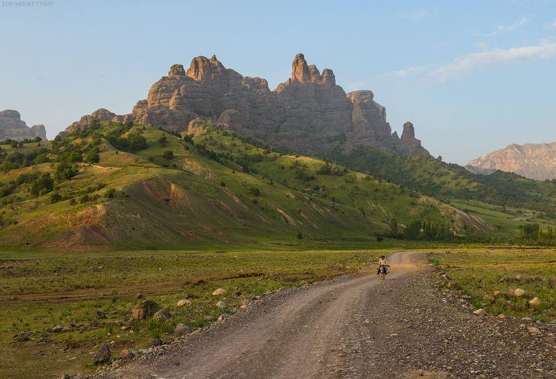 Таджикистан, Чилдухторон, Чилдухтарон, Памир ...photo preview