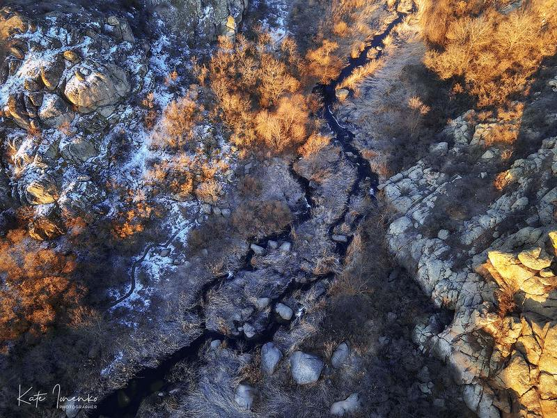 Каньйон и страшная река Мертвоводphoto preview