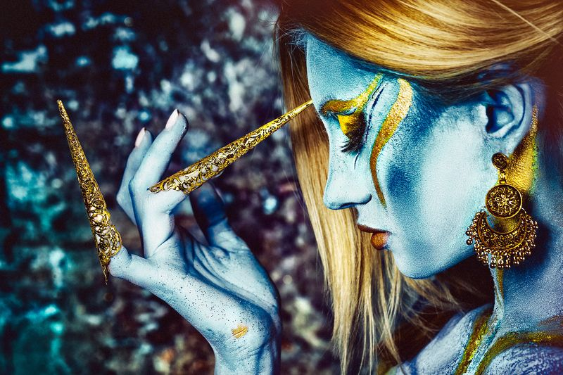 woman, portrait, conceptual, studio, bodyart Alien Beautyphoto preview