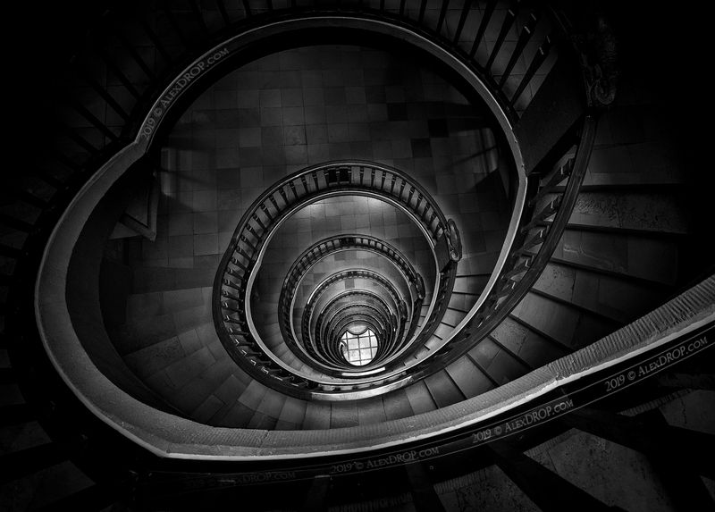 nikon, blackwhite, b&w, postcard, picturesque, landmark, europe, hamburg, travel, urban, architecture, iconic, staircase, stairs, spiral, geometry Девять кругов ада Данте / Dante\'s Nine Circles of Hellphoto preview
