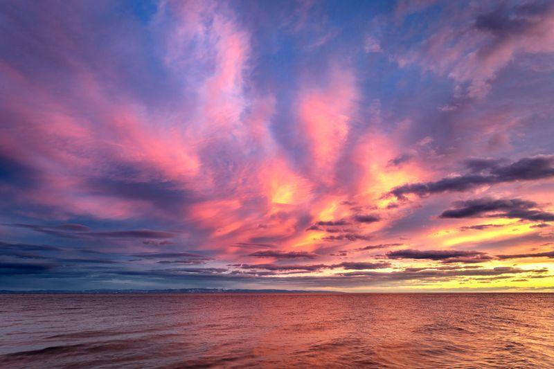 озеро, байкал, закат, остров, ольхон, вечер, вода, небо, облака Закат на Байкалеphoto preview