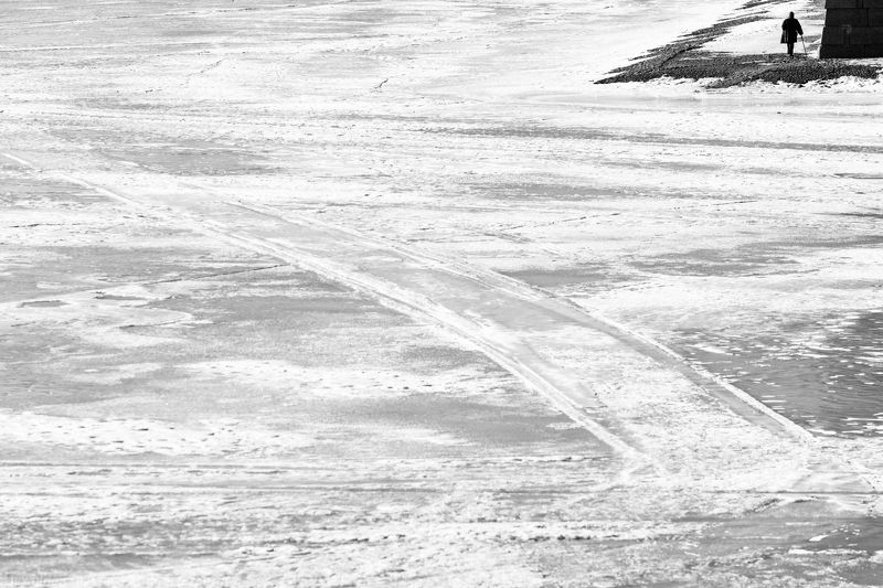 чб, черно-белая фотография, монохром, стритфото, улица, люди, street, street photography, people, bw, bnw, black and white, monochrome, streetphoto, minimal, minimalism, минимализм ***photo preview