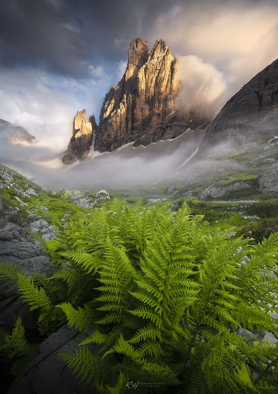 #landscape #mountains #dolomites #italy #sunset Majestic Kingphoto preview