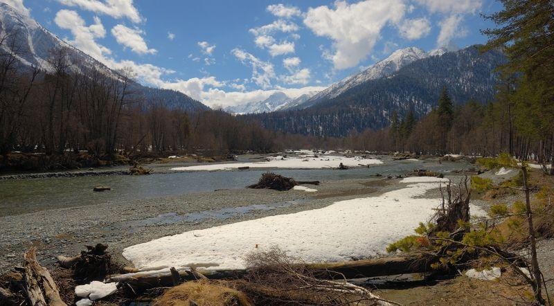 весна вода лес горы Весна в Архызеphoto preview