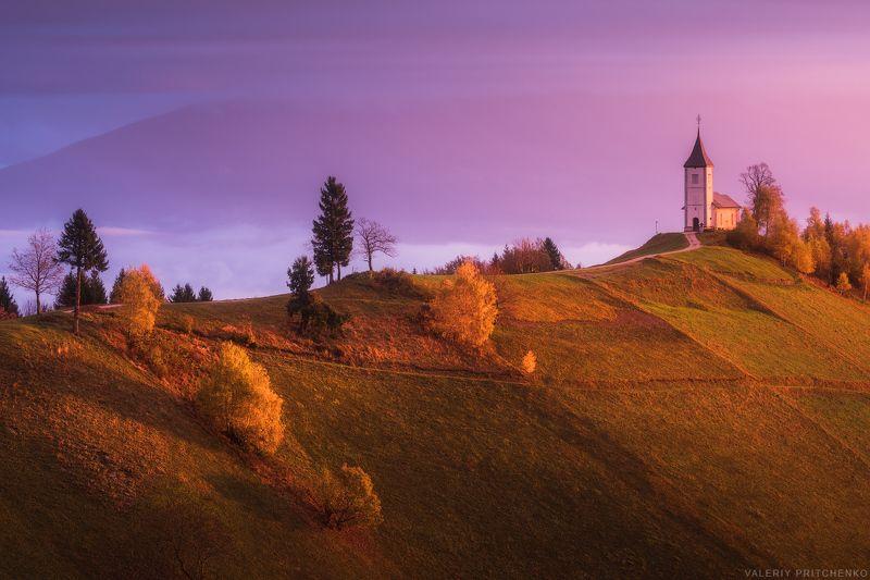 Церковь святых Приможа и Фелицианаphoto preview