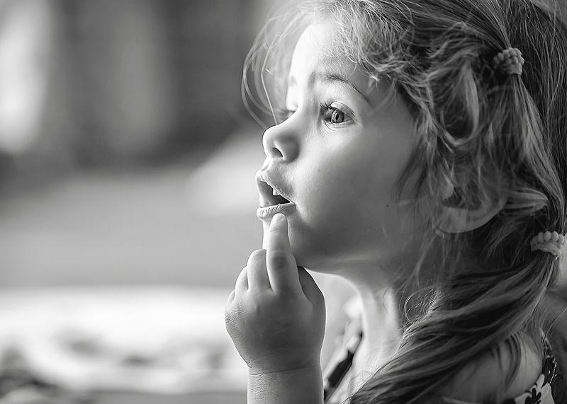детство,стремление узнать что-то новое, ирина горюкина Любопытствоphoto preview