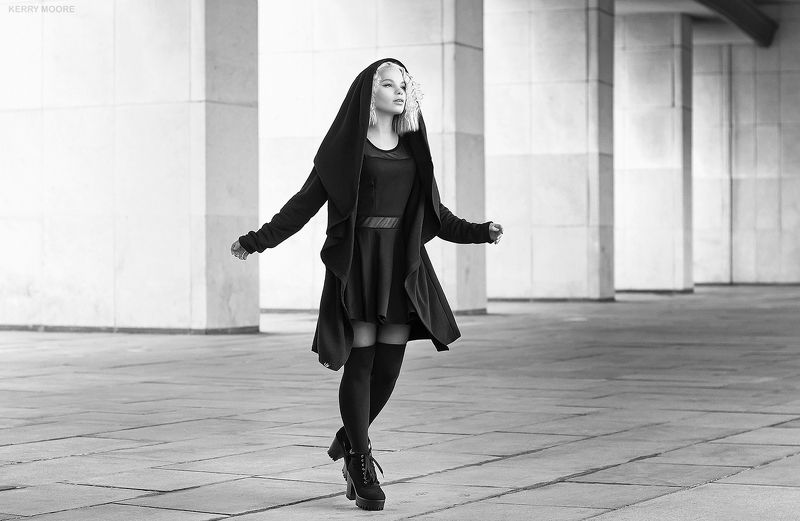 street, portrait, girl, style, портрет, model, russia,moscow,fashion,face,beauty,style,nikon, blackandwhite,bw Dark angelphoto preview