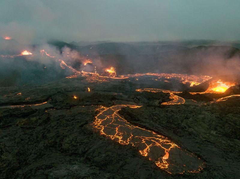 аэрофотосъёмка,пейзаж,iceland,вулкан,извержение Рождение драконаphoto preview