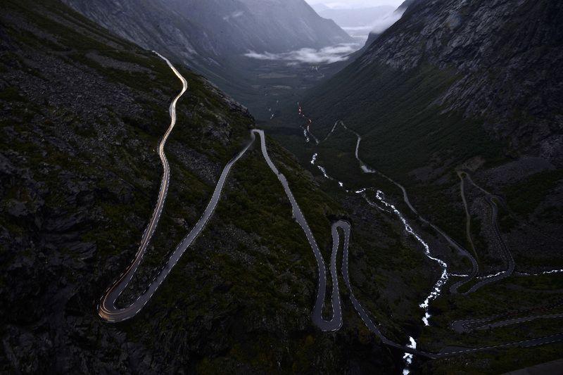 Landscapes, nature, Norway, Trollstigen, night, mountain, view, river, winding road,  Ночь на лестнице тролля (Trollstigen)photo preview