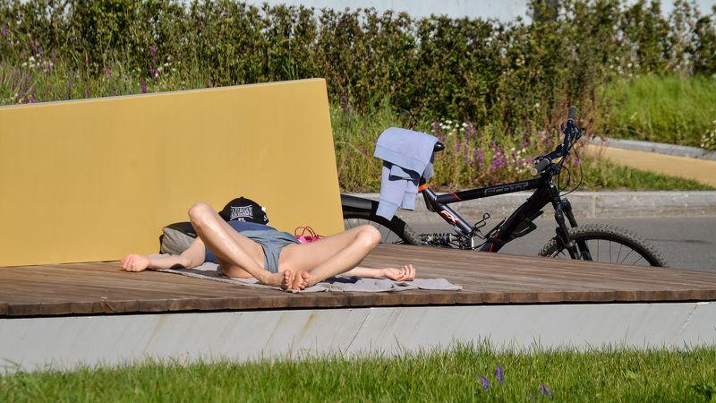 релаксация, лето, солнце, девушка, велосипед ,концептуальное, гламур Релаксация.photo preview