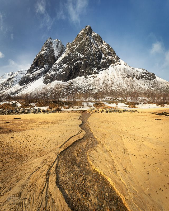 beach,mountain,norway,arctic,north,sunny,daylight, Pyramidphoto preview