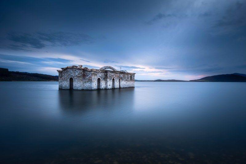 #landscape#nature#longexposure#lake#church Blue horisontphoto preview