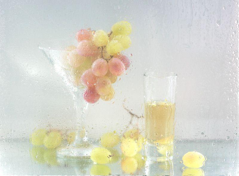 натюрморт, фотонатюрморт, виноград, мокрое стекло, наталья казанцева С виноградом. Этюдикphoto preview