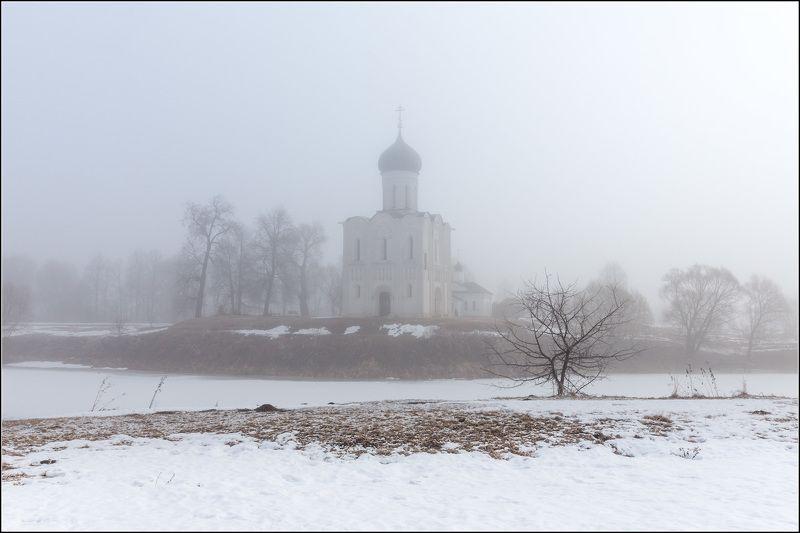 россия, владимирская обл, боголюбово Туман ещё держалсяphoto preview