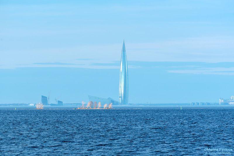 город, городской пейзаж, петербург, финский залив, море, лахта центр, весна, nikon Голубой миражphoto preview