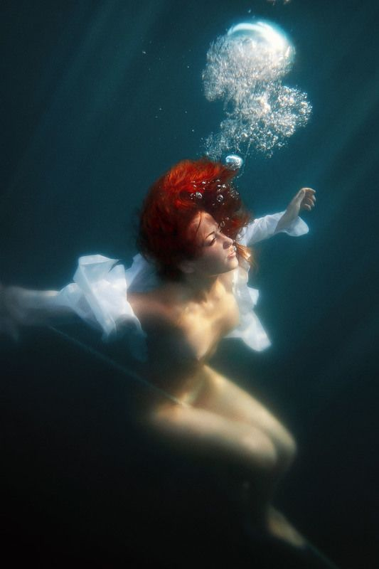 ню, под водой, Крым, черное море Кислородphoto preview
