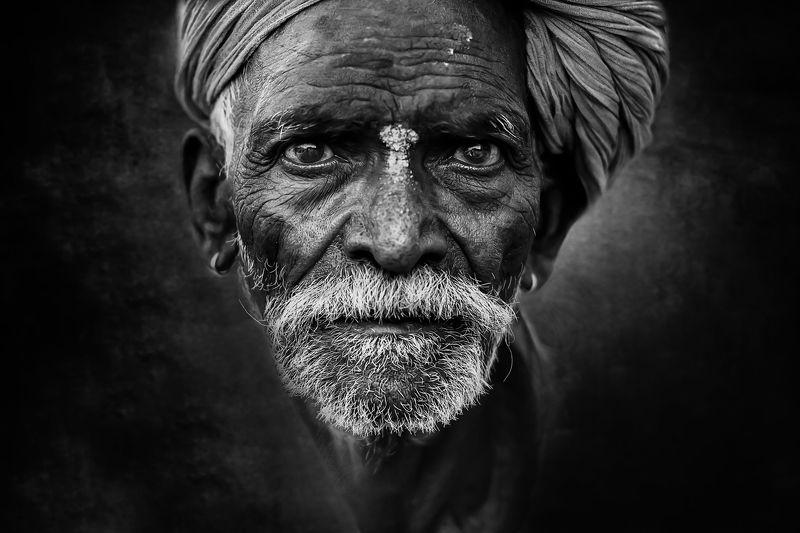 #portrait #maleportrait #bnw  Portraitphoto preview