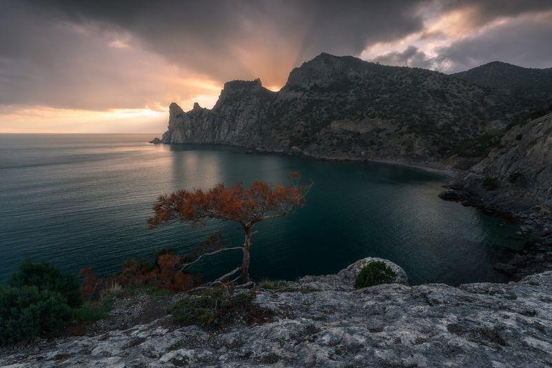 пейзаж, природа, крым, новый свет, закат, горы, караул оба, весна Свет в Новом светеphoto preview