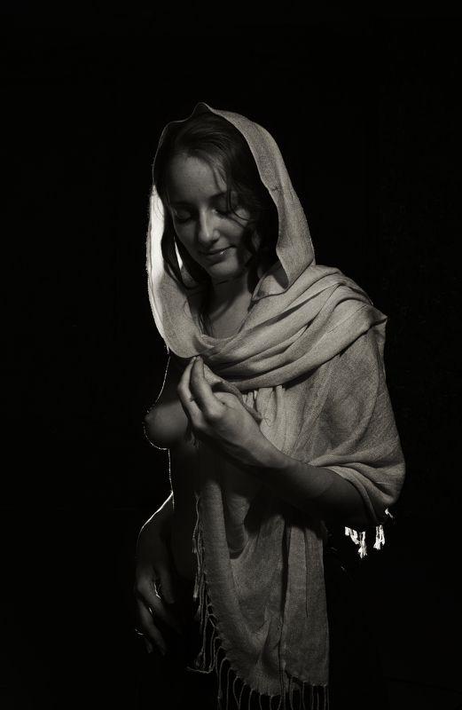 девушка портрет ню чб палантин платок грудь Палантин (продолжениеphoto preview