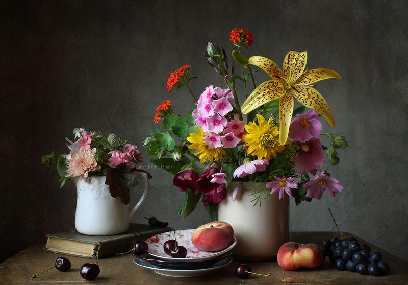 натюрморт, цветы, фрукты, лето Натюрморт с цветами и фруктамиphoto preview