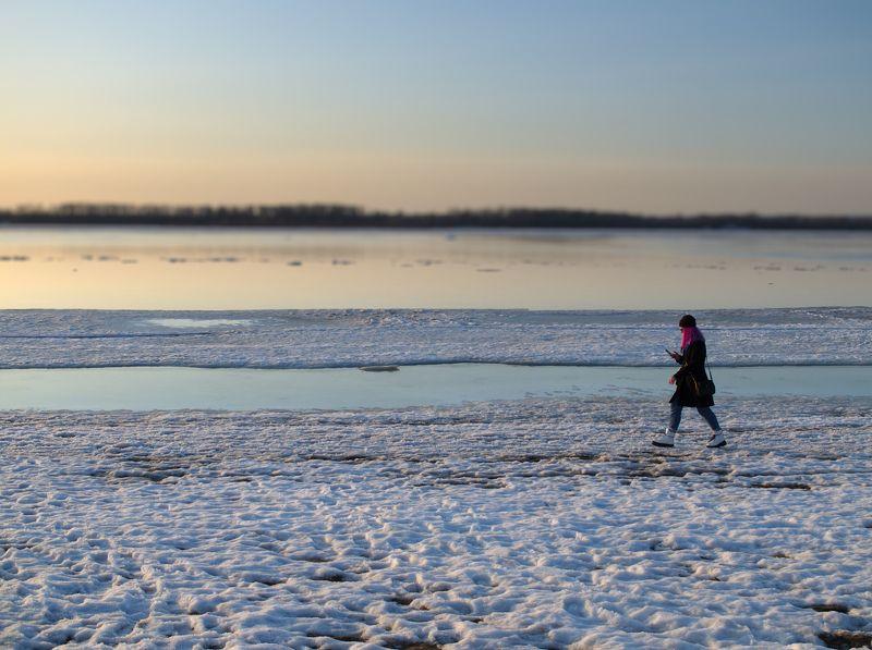 волга, река, весна, лед, самара, закат Странствующая Мальвинаphoto preview