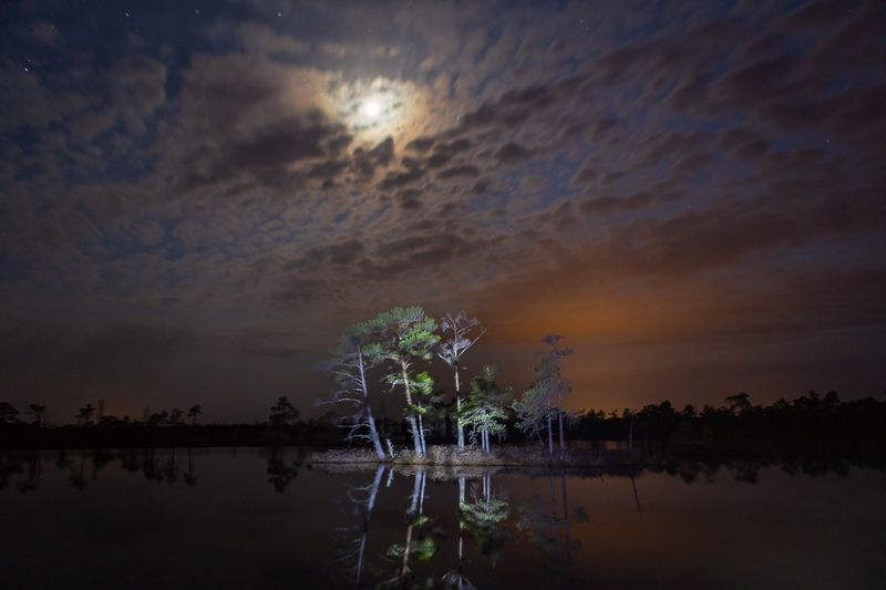 night,moonlight,landscape,nightscape,clouds,lake,nopeople photo preview
