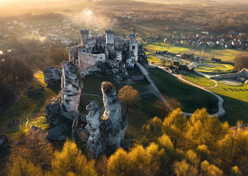 Ogrodzieniec Castlephoto preview