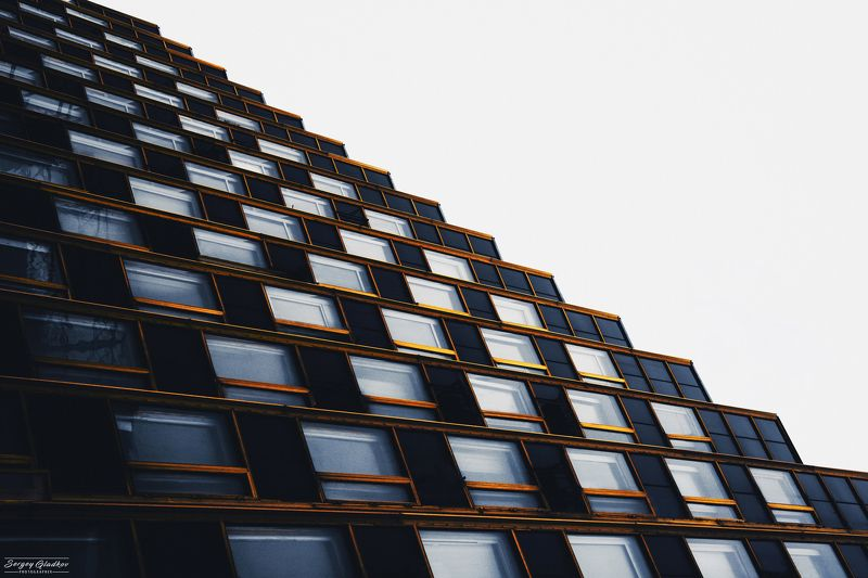 architecture, windows, steps, negative space, abstract, dark, facade, urban, city, Russia, Rostov on Don Ступениphoto preview