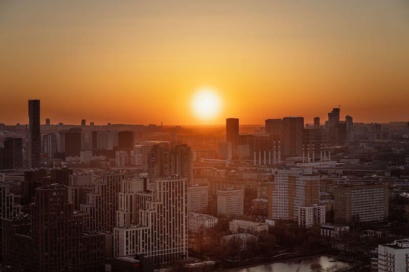 закат, sun, sunset Апрельский закат над Москвойphoto preview