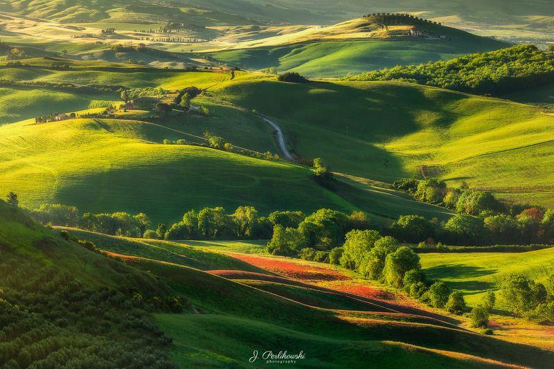 Tuscany sunrisephoto preview