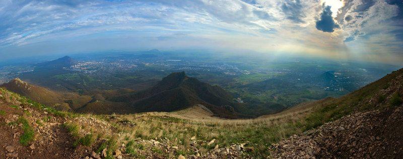 вершина,бештау,весна,апрель,пейзаж Весенний мир с вершиныphoto preview