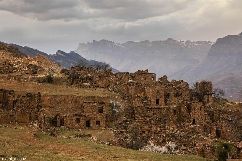 горы,аул,развалины,пейзаж,горный пейзаж,весна,дагестан,северный кавказ,шамильский район. Развалины старого аула..photo preview
